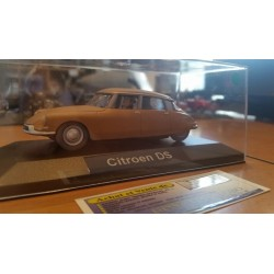 CITROEN DS  MARRON MAT  1/43 éme